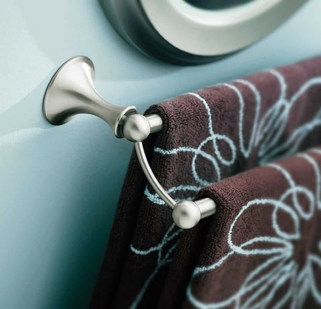 Moen DN7722BN 24-Inch Lounge Double Towel Bar