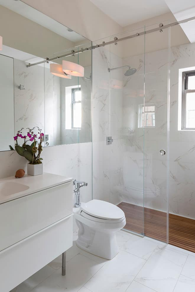 The small bathroom ideas guide space saving tips tricks for Space saving bathroom ideas