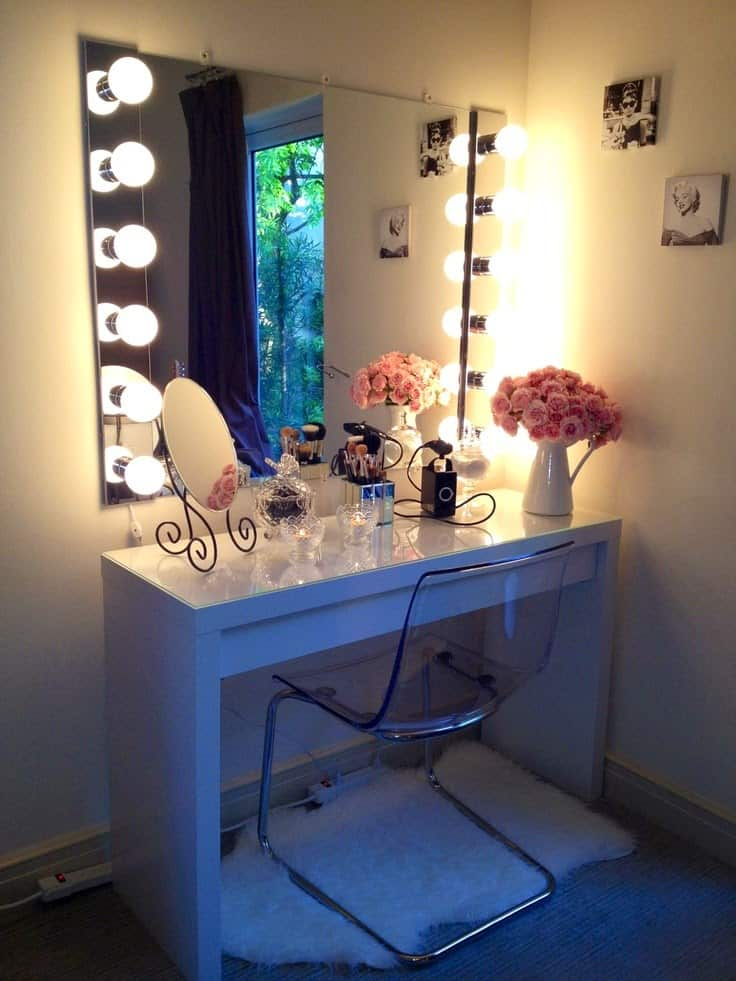 Ideas for making your own vanity mirror with lights diy or buy vanity table aloadofball Gallery