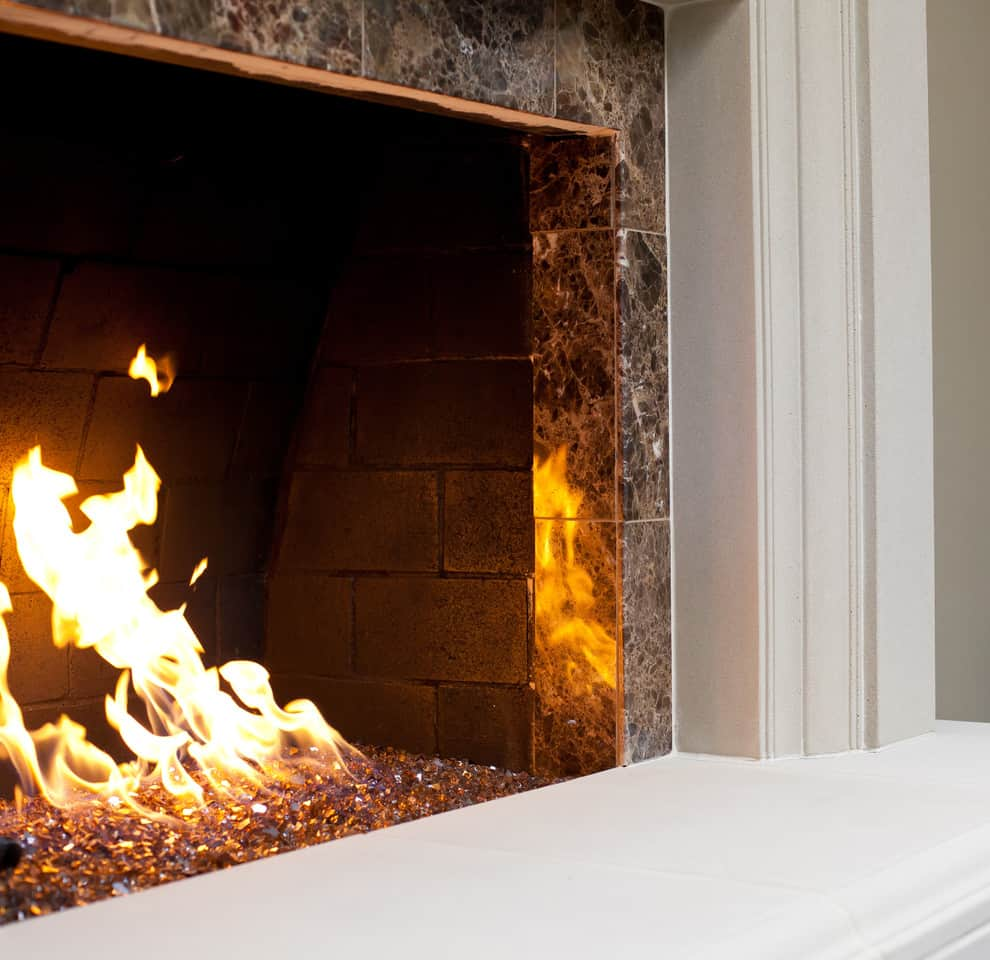 25 fireplace decorating ideas with gas logs electric logs and rh decorsnob com gas fireplace inserts with glass crystals gas fireplace inserts with glass crystals