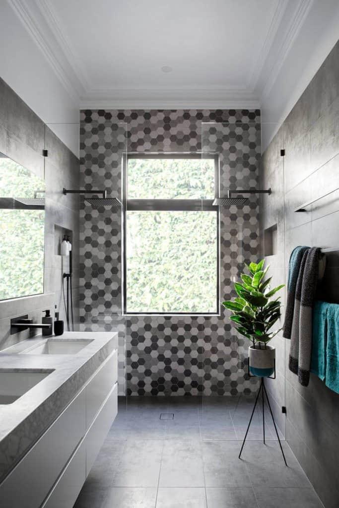 Monochrome Polygonal Tile