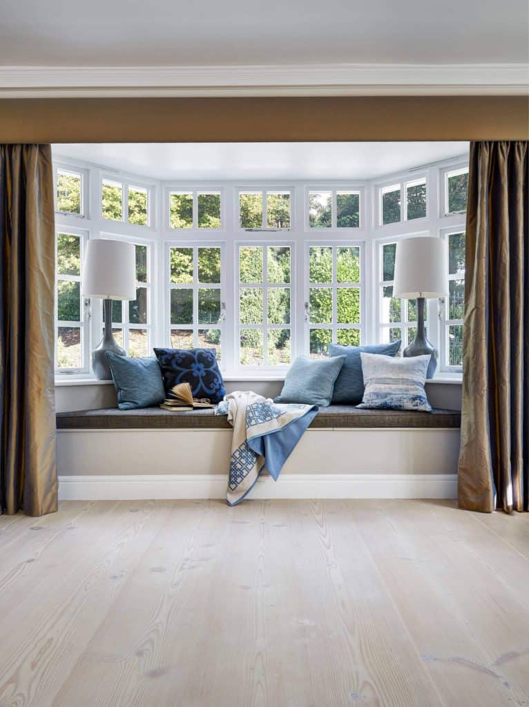 bay window curtains dining room bay window treatments how to choose the best curtains decor snob