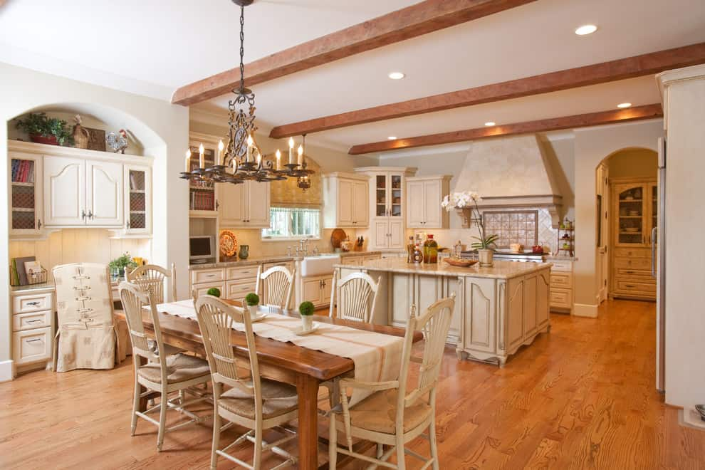 French country decor ideas and photos by decor snob - French country kitchens ...