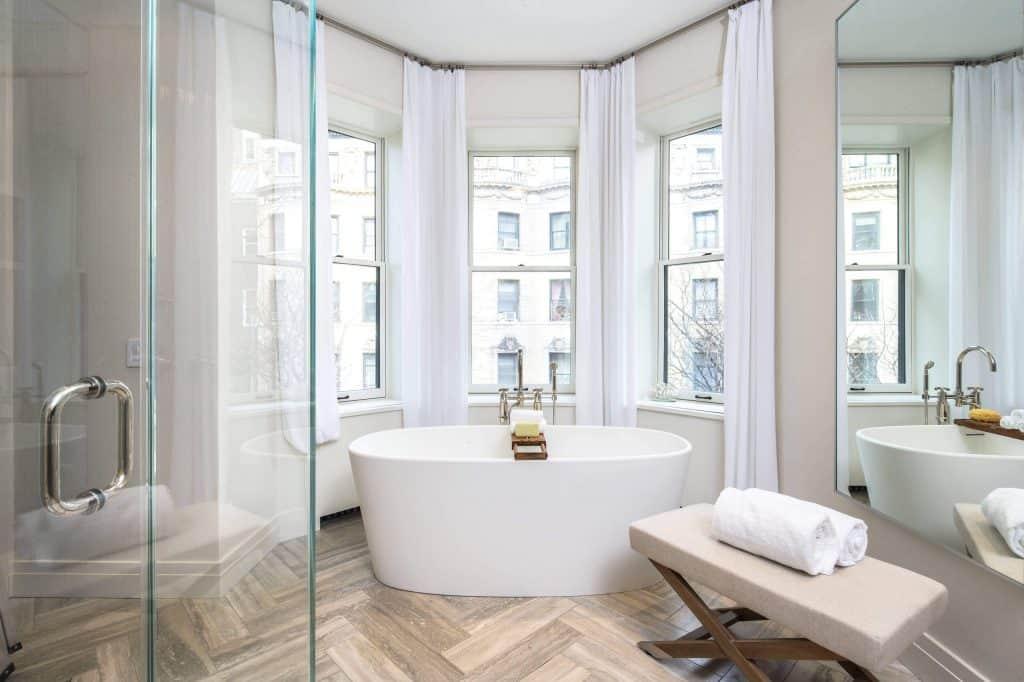curtain ideas for bay windows,