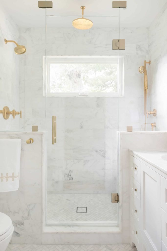 White marble title transitional bathroom