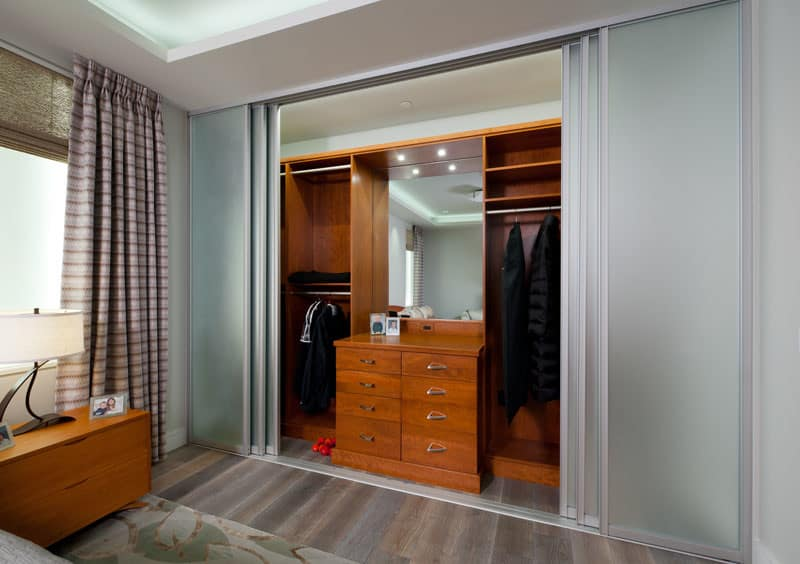 Soft Close Glass Frosted Doors