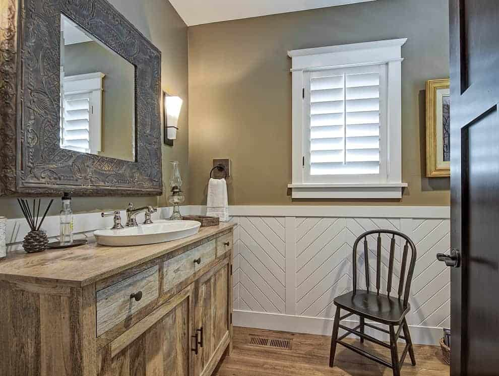 bathroom beadboard wainscoting