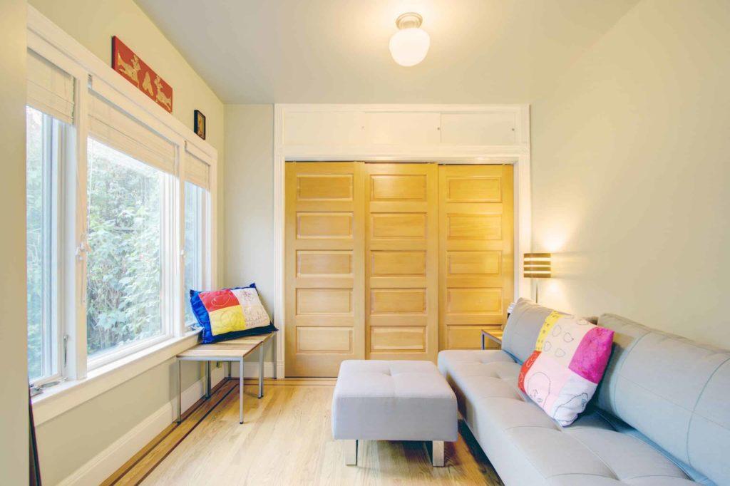 Contemporary Wooden Sliding Closet Doors