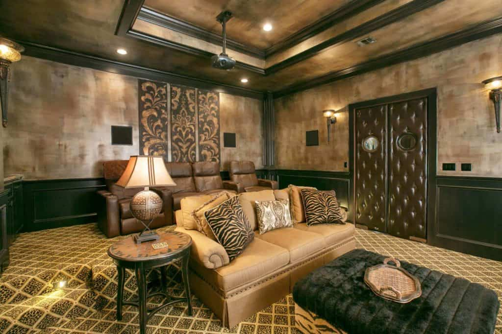 ideas for black wainscoting