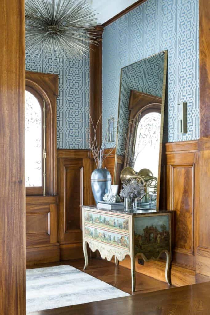 craftsman style wainscoting
