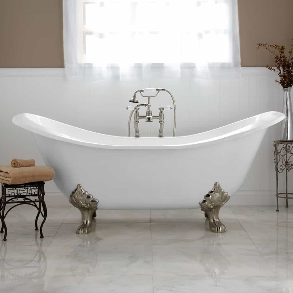 24 Clawfoot Bathtub Ideas and Designs for 2020 { Tips & Photos } on small bathroom designs with shower, small bathroom window curtain ideas, small bathroom designs with pedestal sink, small bathroom designs with freestanding tub, small bathroom colors feng shui, small bathroom doors, small bathroom designs with bath tubs, small bathroom designs with whirlpool tub, small bathroom designs with cabinets, small bathroom designs with corner tub, small bathroom designs with laundry, small bathroom designs with tile, small bathroom designs with cast iron tub, small bathroom designs with wood floors,