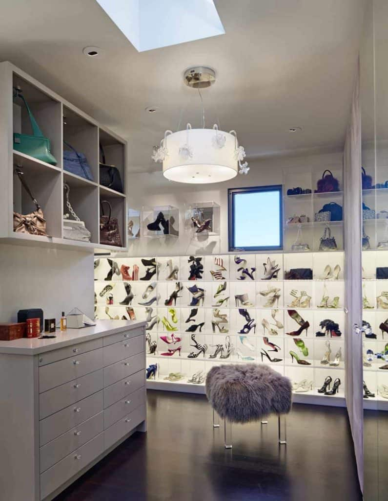 Closet Shoe Display