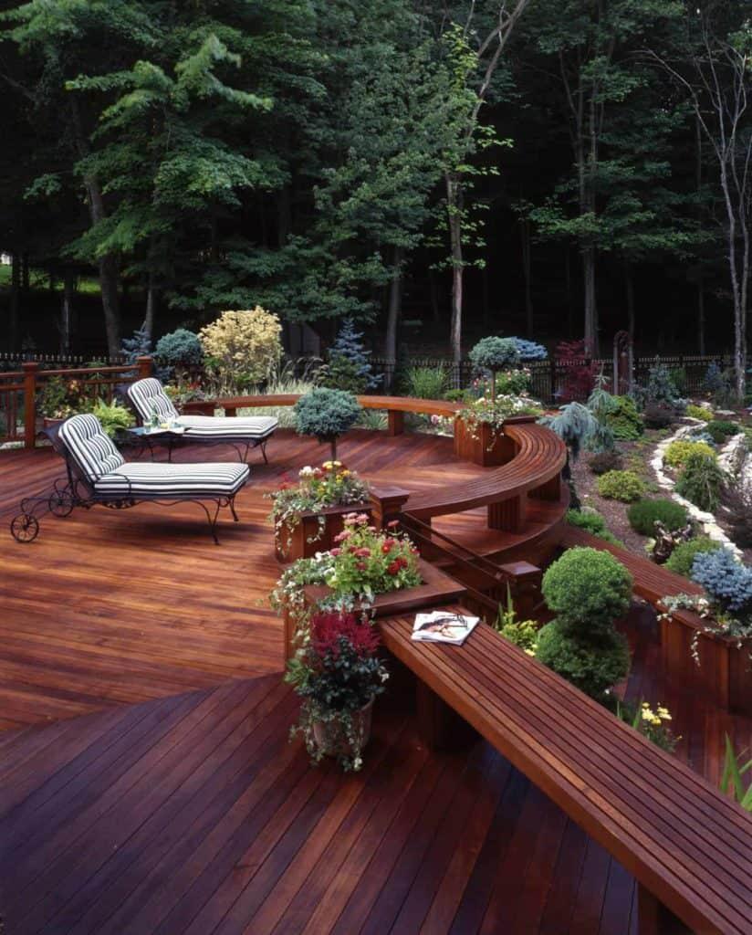 Wooden Perimeter Bench Deck