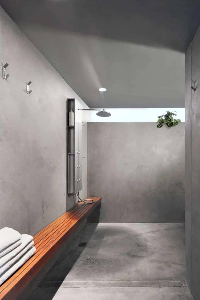 Ultra-minimal Concrete Open Shower