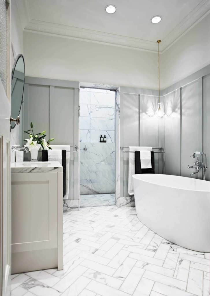 bathroom remodel ideas with wainscoting