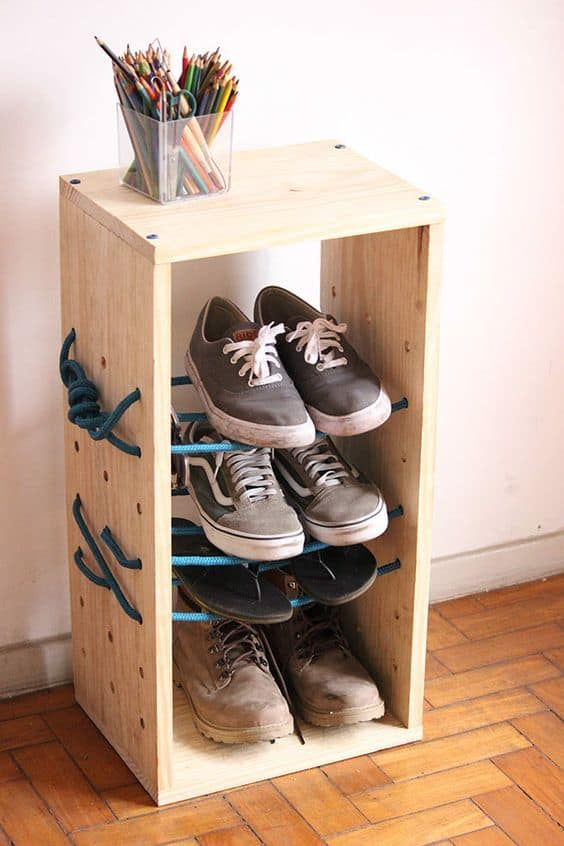 Wood & Rope Shoe Holder