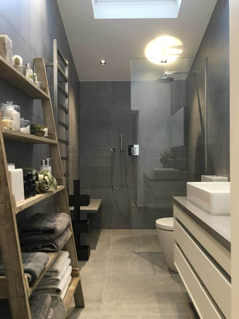 Oversized Tile Compact bathroom tile walk in shower