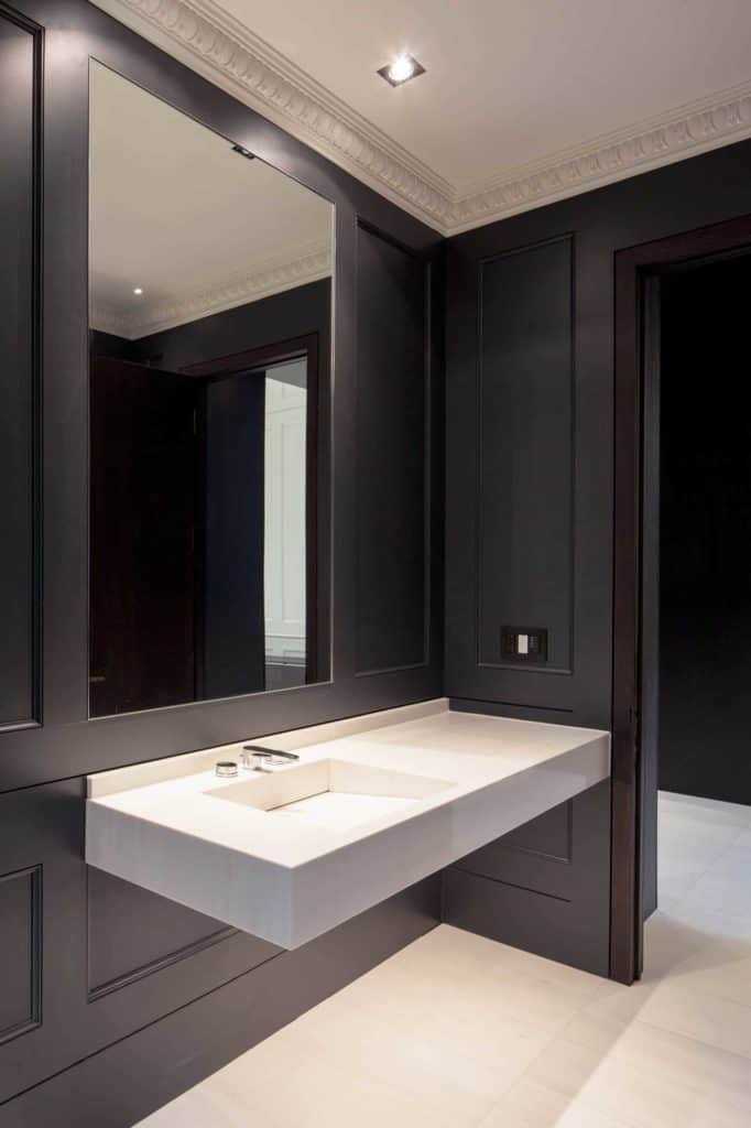 bathroom design ideas with wainscoting