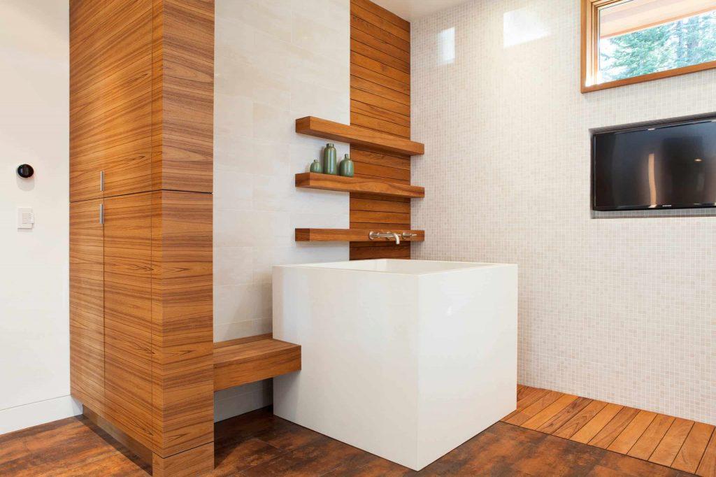 porcelain tile and beige floor bathroom idea in Portland