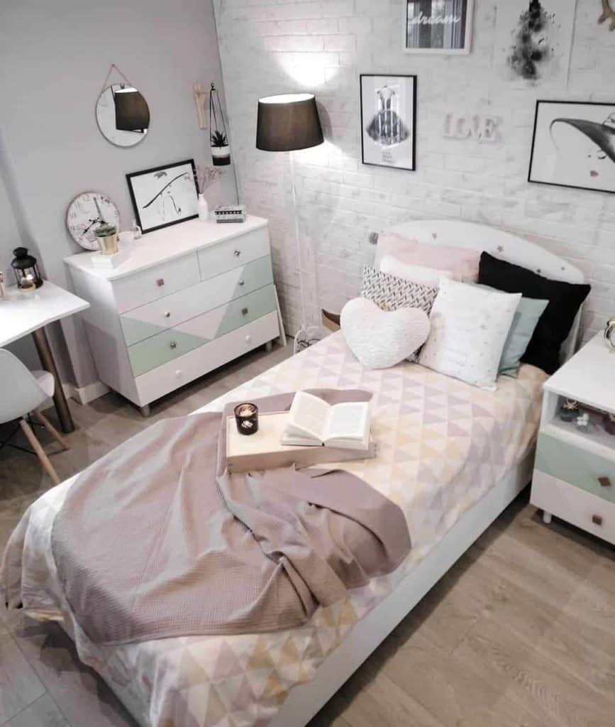 51 Stylish Teen Girl Room Decor Ideas Teenage Girl Bedroom Photos