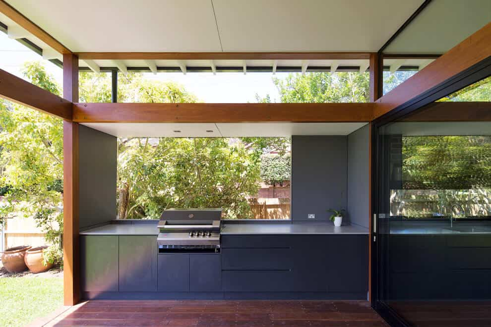 outdoor kitchen idea
