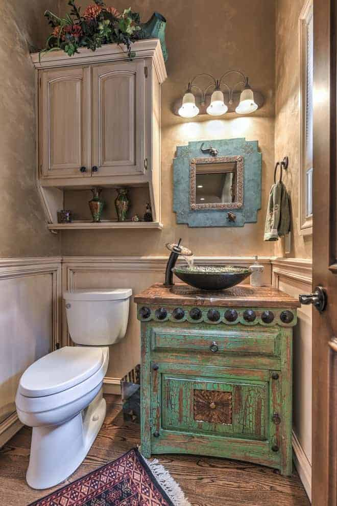 rustic bathroom wainscoting