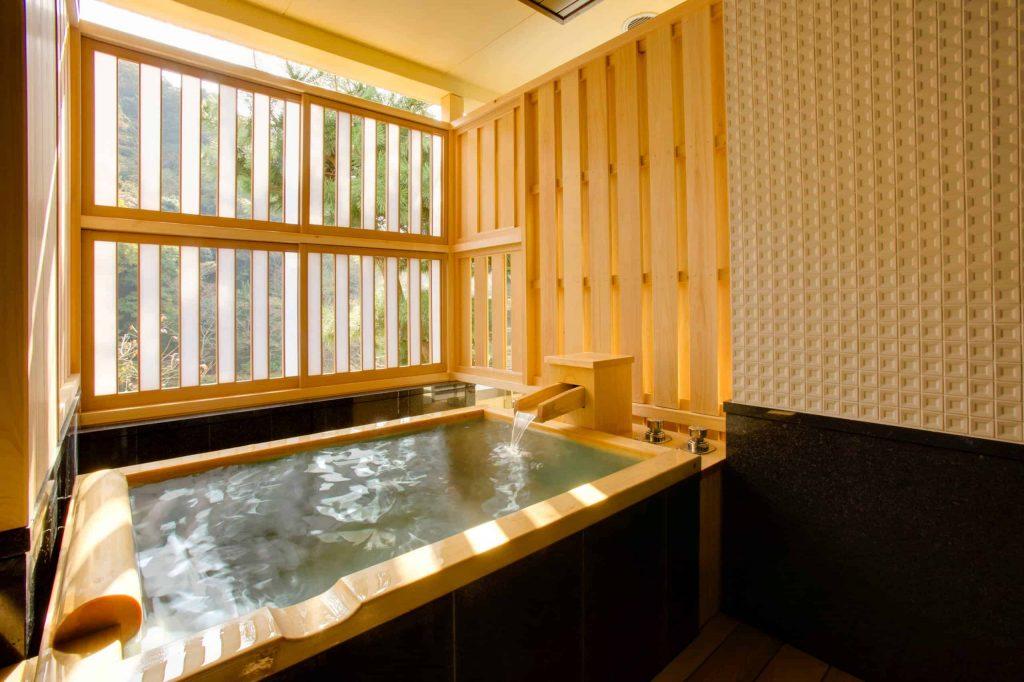 japanese bathtub photo in tokyo