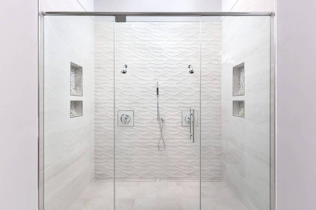 18 Modern Bathroom Tile Ideas (A Simple Guide for 2020)