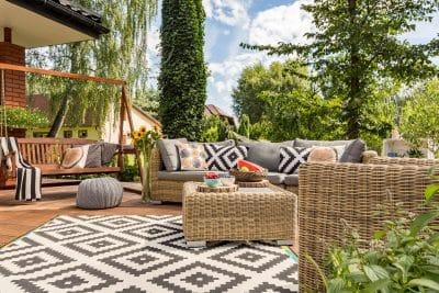 Best Time to Buy Outdoor Garden Equipment