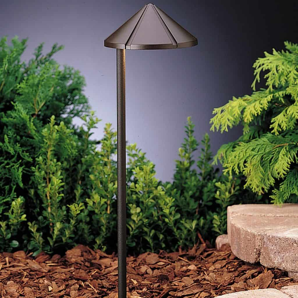 24 Awesome Landscape Lighting Ideas How To Do Right Wiring Outside Lights Kichler 15315azt Six Groove