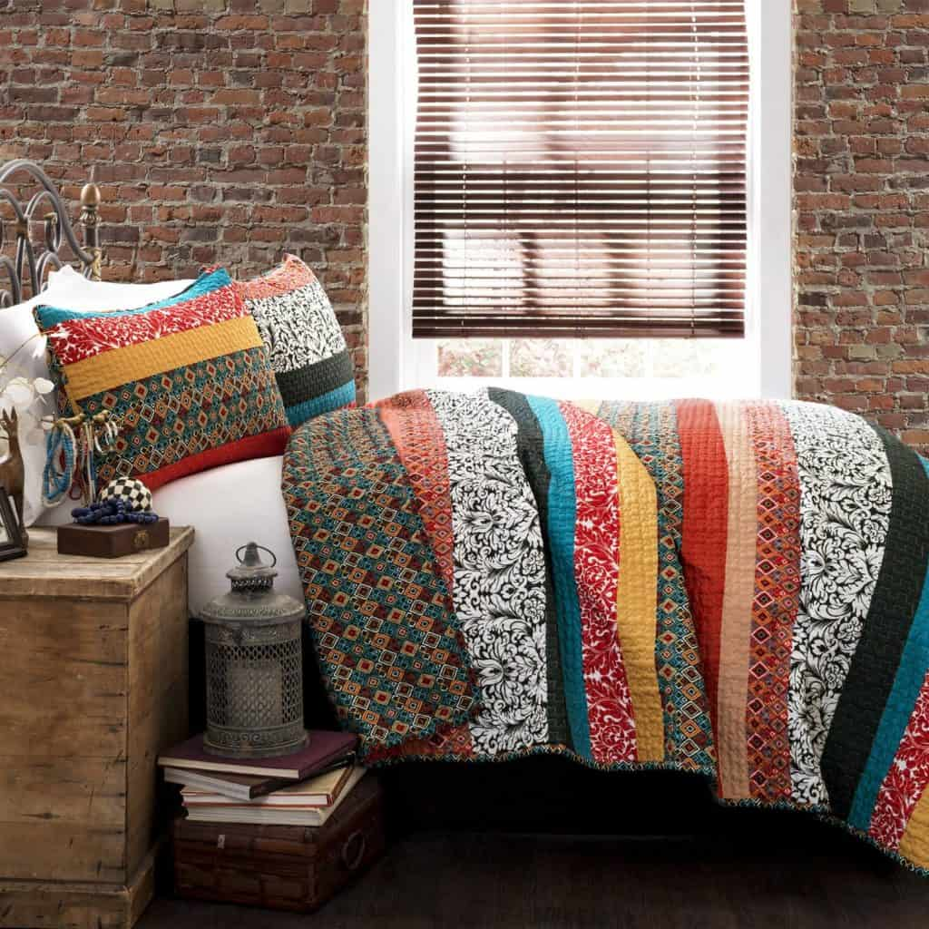 Lush Decor Boho Stripe 3-Piece Quilt Set,