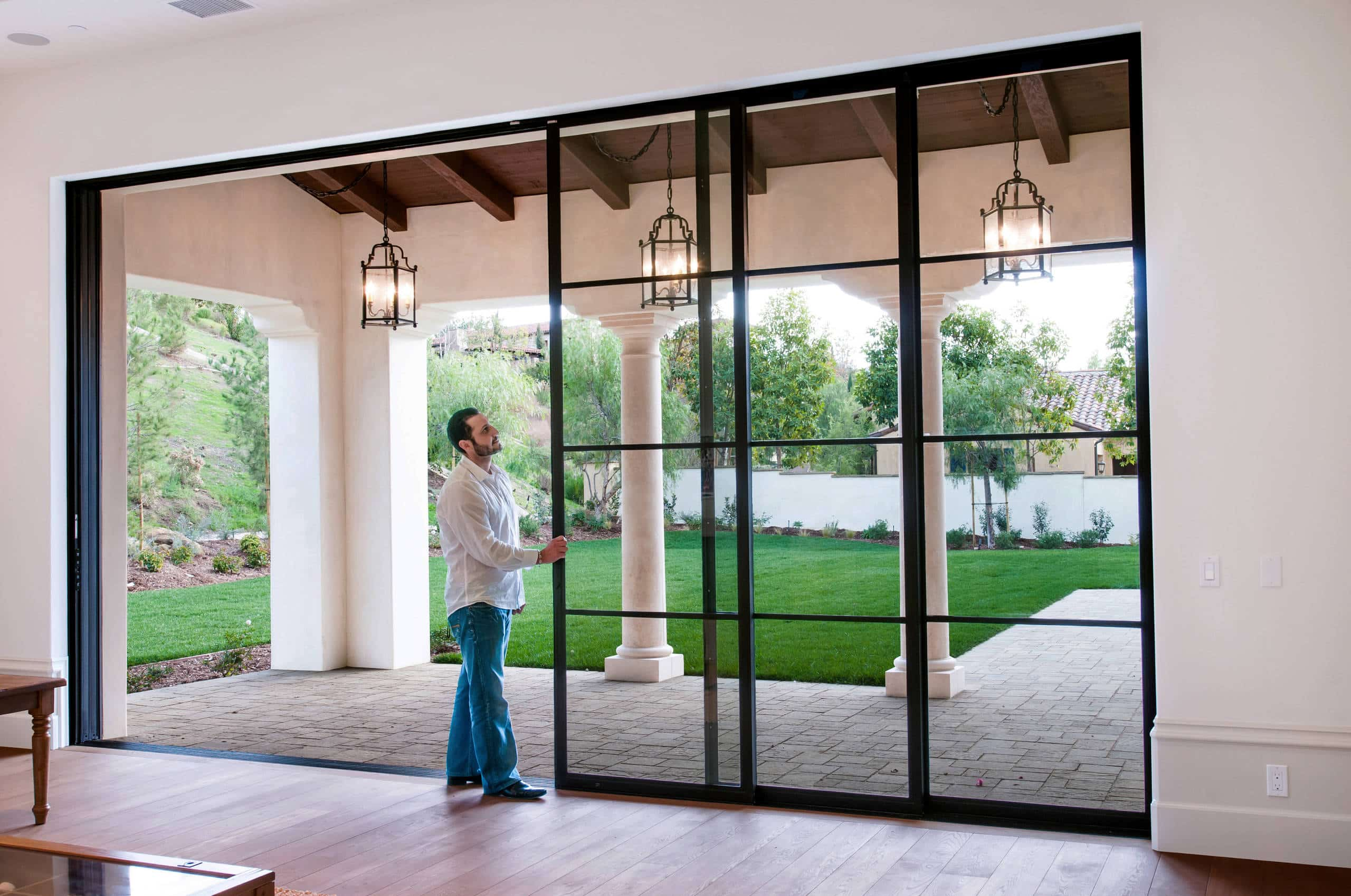 Minimal Modern Sliding Patio Doors