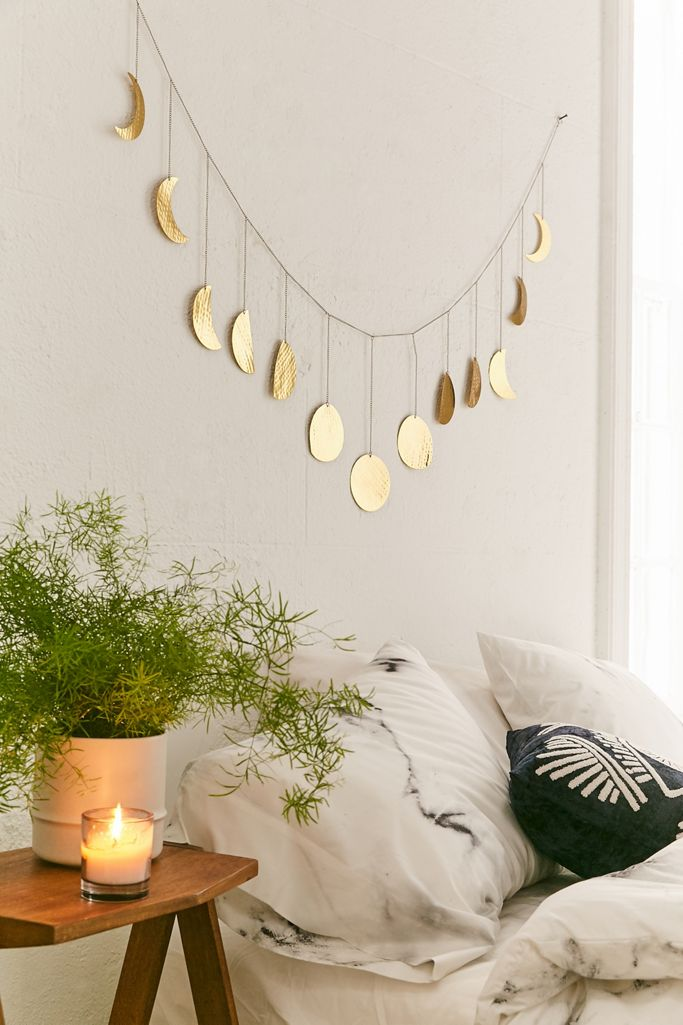 Bedroom with Hammered Extra-Long Metal Moon Cycle Banner 20+ Aesthetic Bedrooms