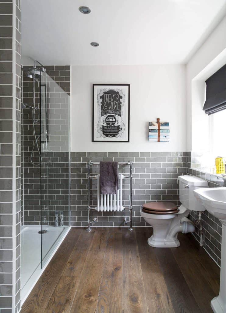 Can Laminate Flooring Be Installed In A, Is There Laminate Flooring For Bathrooms