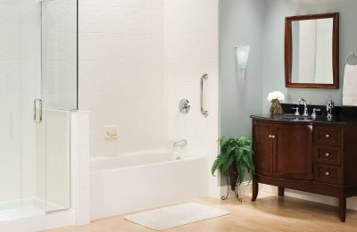 bathtub surround with grab bars