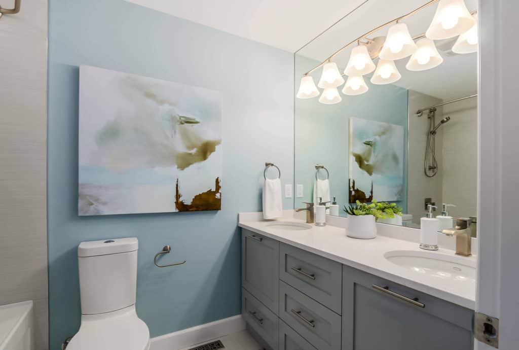 canvas art bathroom