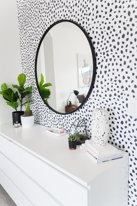 Bedroom with dalmation wallpaper 20+ Aesthetic Bedrooms