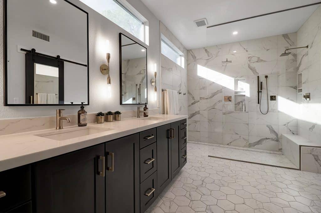 doorless showers