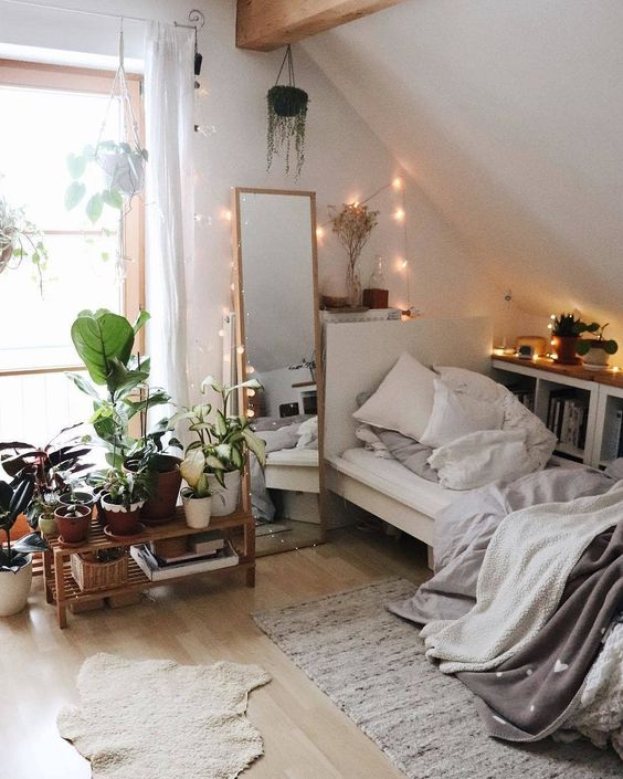Bedroom with full-length mirror 20+ Aesthetic Bedrooms