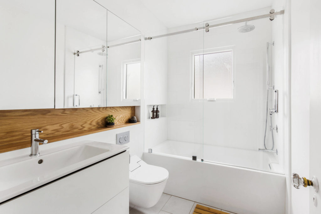 how to makeover a bathroom on a budget