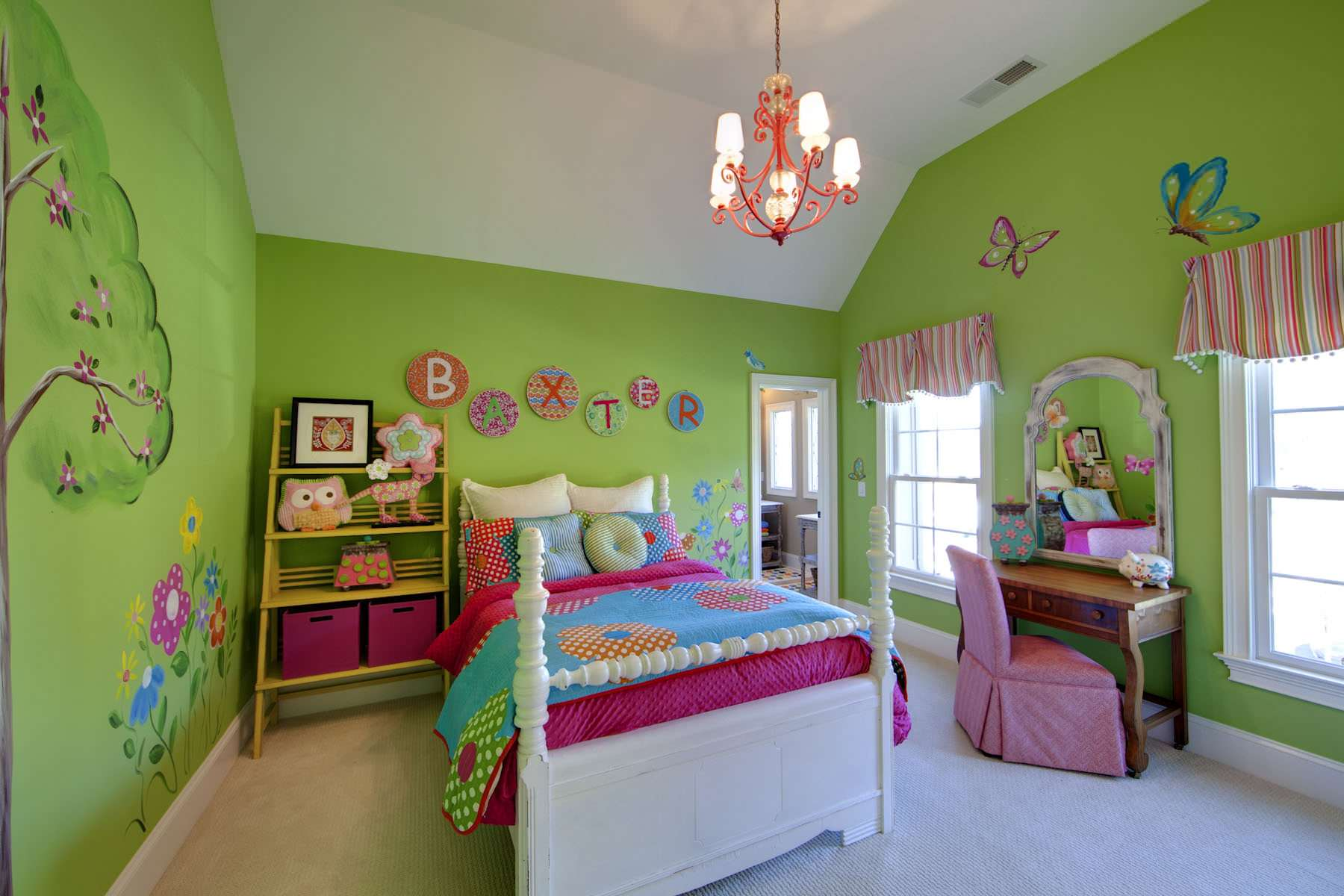 elegant kid' room photo with green wall and red valance