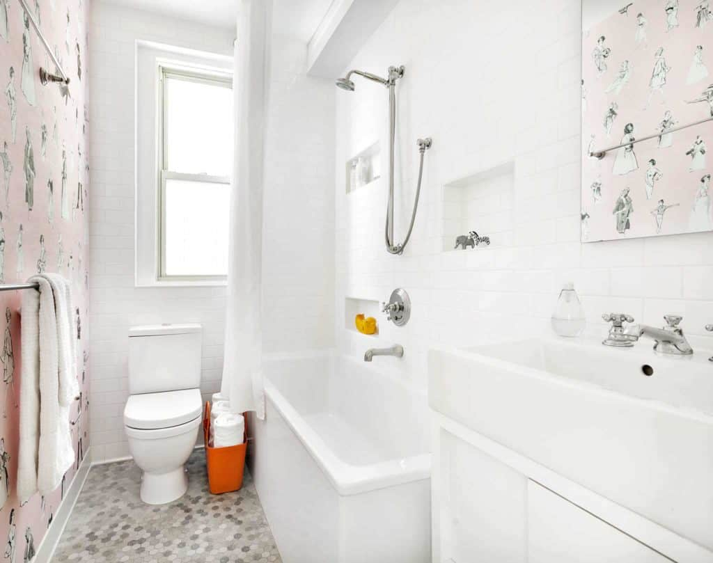 white small bathroom tile size