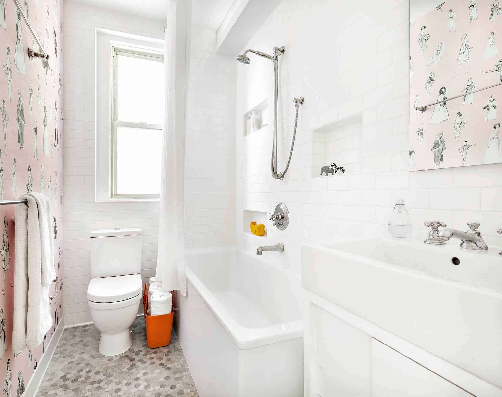white small bathroom tile size