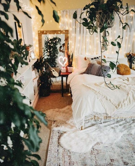 Bedroom with textures and shapes 20+ Aesthetic Bedrooms